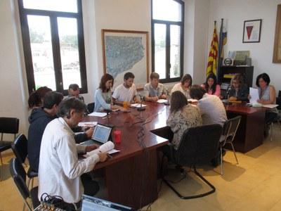 A les 20:00 h de dilluns  s'ha convocat sessió ordinària de ple de l'Ajuntament d'Olèrdola