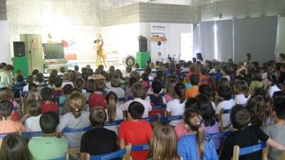 El bilbiobús programa cada any un espectacle a les escoles