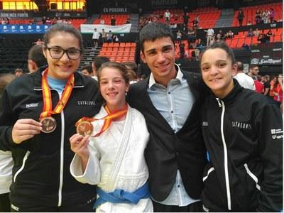 Aira Lázaro, del Judo Olèrdola, s'ha proclamat campiona d'Espanya en categoria infantil