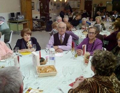 Ambient nadalenc en el dinar de germanor del Casal d'Avis de Moja