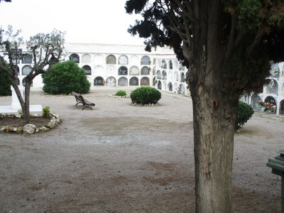 Ampliació d'horaris al cementiri municipal de Moja per Tots Sants