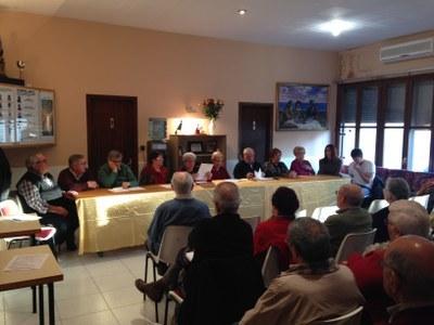 Imatge d'arxiu d'una assemblea del Casal d'Avis de Moja