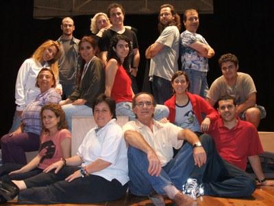 """Aquest dissabte el grup l'Arrel fa la seva estrena de l'obra """"El casament dels petits burgesos"""""""