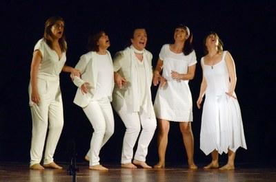 """Aquest diumenge el grup """"Les Escoles"""" de Gelida representa a Sant Miquel la comèdia àcida """"Això no és vida"""""""