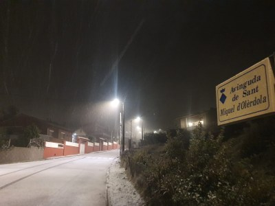 Aquesta matinada la neu ha enfarinat els punts més elevats d'Olèrdola