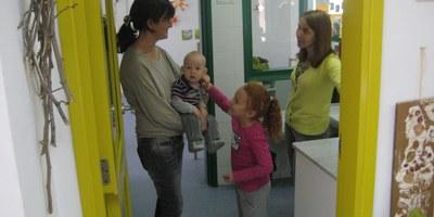 Bona afluència de famílies en la Jornada de Portes Obertes a les escoles bressol d'Olèrdola