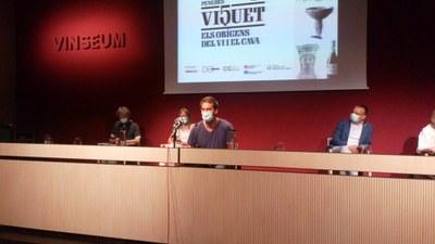 L'alcalde, Lucas Ramírez, durant la presentació de Viquet