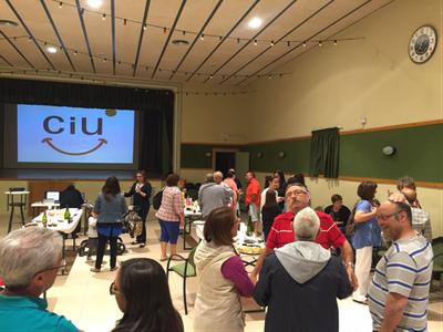 CiU clou la campanya amb un sopar al local de la Societat de Sant Pere Molanta
