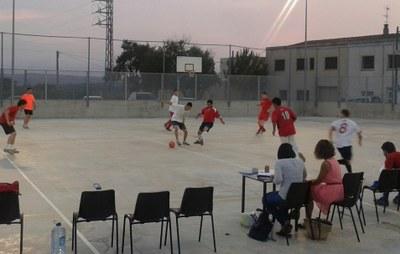 Comença el 16è Torneig de futbol sala de Sant Pere Molanta-memorial Jordi Petit i David Raventós