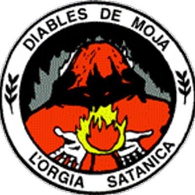 Curs de foc a la colla dels Diables de Moja per a formar els 7 diables petits que s'incorporen