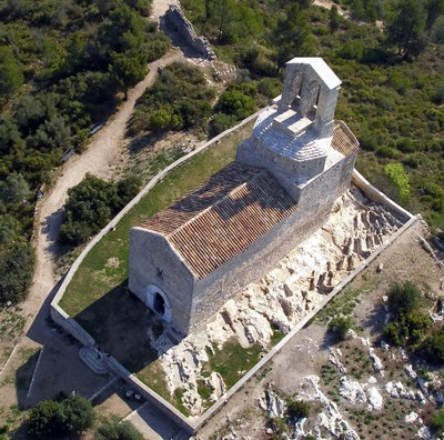 Dissabte es podrà seguir una visita guiada als dos cementiris medievals d'Olèrdola