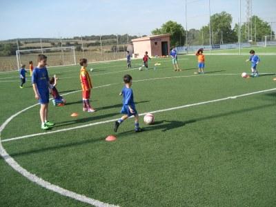 El Campus de Setmana Santa de futbol del Base Olèrdola reuneix a una quarantena d'infants