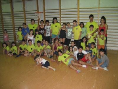 Bona part de les activitats es fan al gimnàs de l'escola Circell