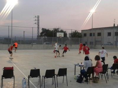 El carrer Font-tallada guanya el torneig de futbol sala de Sant Pere Molanta