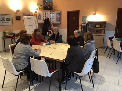 El Casal d'Avis de Moja acull els dimecres al matí un taller d'entrenament de la memòria