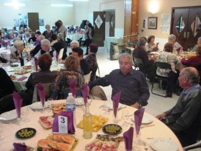 El Casal d'Avis de Moja ha celebrat el seu 20è aniversari confirmant la seva vitalitat