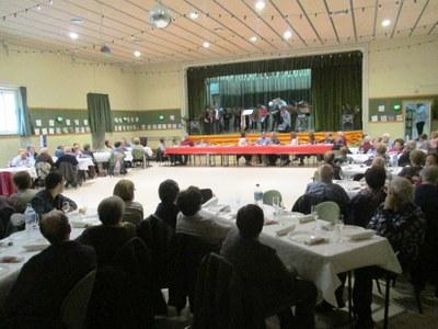 El Casal d'Avis de Sant Pere reuneix a un centenar de socis en el dinar del seu 11è aniversari