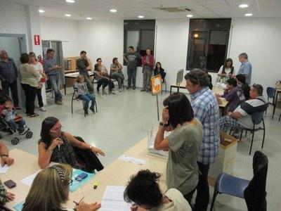 Imatge d'arxiu d'un recompte de vots al Centre Cívic La Xarxa