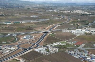 El conseller Santi Vila anuncia l'inici del desdoblament de la n340 a la rotonda amb la C15