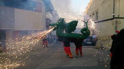 El Drac de Moja es passejarà dissabte pel barri de Gràcia