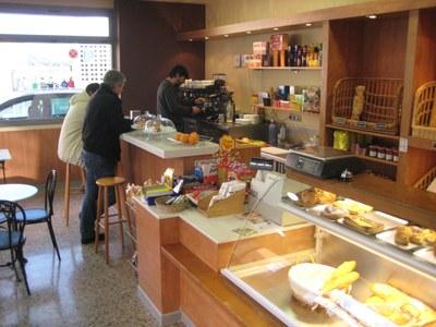 El forn de pa de Sant Pere Molanta canvia de lloc i passa a incorporar servei de cafeteria