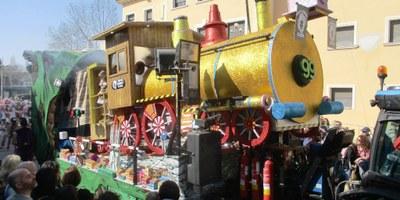El grup de Carnaval de Moja ha guanyat els premis a la millor carrossa en les rues de Cunit i La Múnia