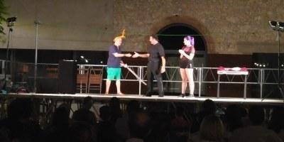 El Mag Fèlix captiva i diverteix en la seva actuació a la Festa Major de Moja