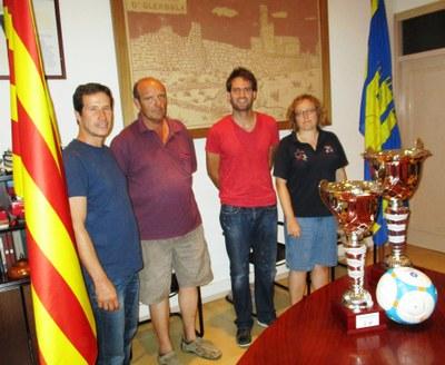 D'esquerra a dreta:Pere Sadurní, regidor d'esports; Jaume Arnan, president del Molanta; Lucas Ramírez, alcalde d'Olèrdola; i Sandra Giralt, vicepresidenta del Molanta