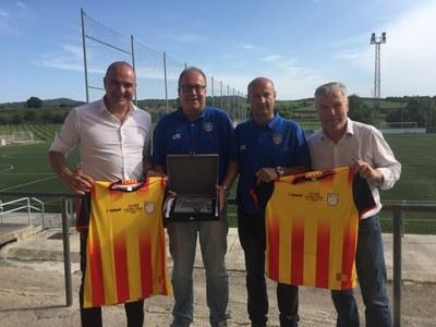 El President de la Federació Catalana de Futbol ha estat al municipi recolzant el Base Olèrdola