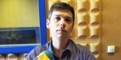 El regidor del PSC-Units, Joan López, reclama que es faci una actuació immediata per evitar més accidents al revolt de Mas Granell