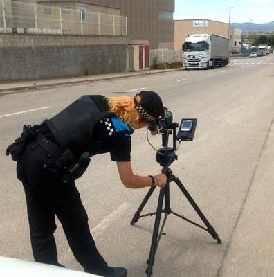 Els agents municipals d'Olèrdola realitzen una campanya de control de velocitat