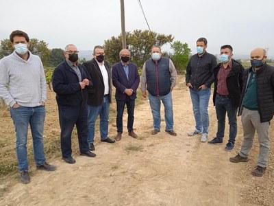 Els alcaldes de 8 dels municipis més afectats. En primer terme, Lucas Ramírez, alcalde d'Olèrdola (foto: Eix Diari)