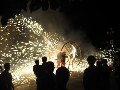 """Els Diables estrenaven una """"roda de foc"""""""