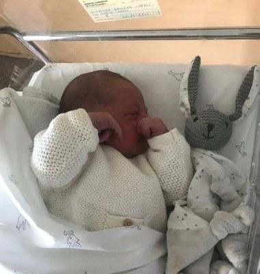 Els dos primers nadons del 2019 a Olèrdola són veïns del mateix carrer i van néixer amb només una hora de diferència