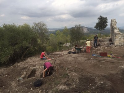 Els treballs arqueològics al Pla dels Albats refermen la seva importància estratègica