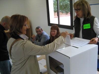 Els voluntaris del 9-N destaquen la gran participació registrada a Olèrdola