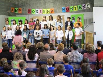 Alumnes de 6è van oferir dues cançons per cloure l'acte