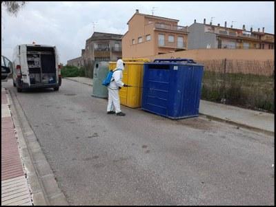 Es desinfecten els contenidors del municipi