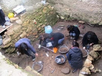 Es realitzen aquesta setmana les excavacions arqueològiques a la torre del Conjunt monumental d'Olèrdola
