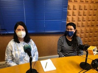 Sílvia Aroa, treballadora social de l'Ajuntament d'Olèrdola; i Anna Boada, regidora de serveis socials