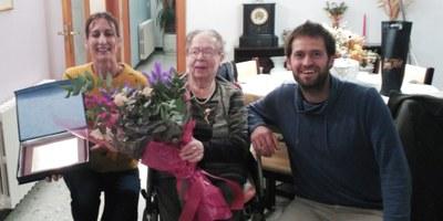 Felicitació a una àvia centenària