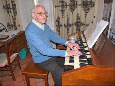 Joan Mitjans rebrà un sentit homenatge per la seva dedicació al poble a través de la música
