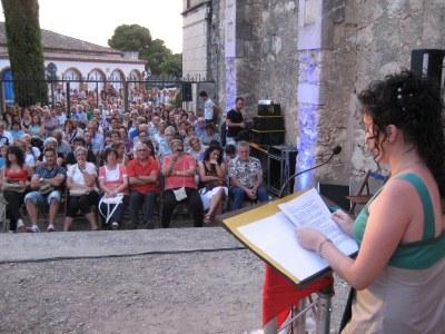 Durant el pregó de la FM de Moja, Estíbaliz Leal anima a tothom a implicar-se en activitats al poble