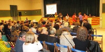 L'acte de commemoració a Olèrdola del Dia de la Dona es converteix en un clam coral per la igualtat de drets