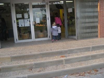 Pocs infants han entrat a l'escola Circell aquest dijous