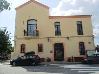 L'Ajuntament convoca concurs oposició per a seleccionar dues places d'auxiliar administratiu/va