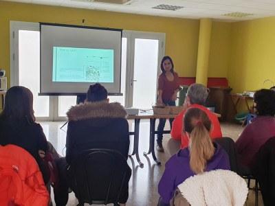 Dissabte a Sant Miquel s'oferia una sessió de formació sobre l'ús del compostador