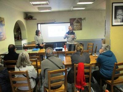 Mònica Hill, educadora ambiental; i Juanma Samblás, regidor de medi natural