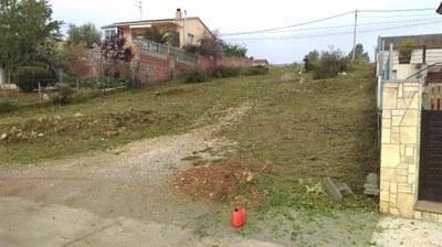 Treballs de tractament de vegetació en les parcel·les municipals no edificades de Daltmar