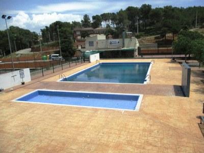 La piscina presenta aquests dies aquesta imatge